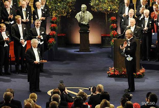 ノーベル賞の講演、授賞式、晩餐会の様子が映像でご覧いただけます。